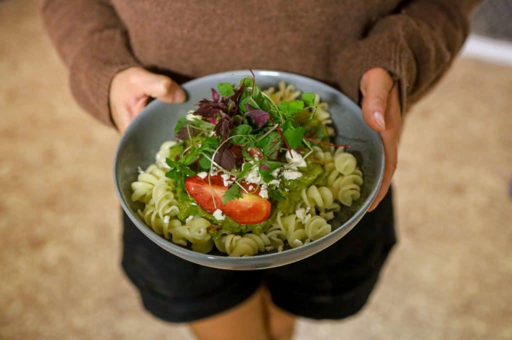 Pocket Herbs microgreen pronto pesto pasta